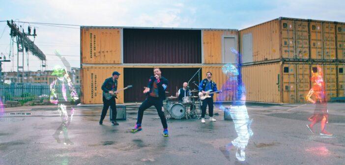 """Coldplay: Das Geheimnis um """"Higher Power"""" ist endlich gelüftet!"""